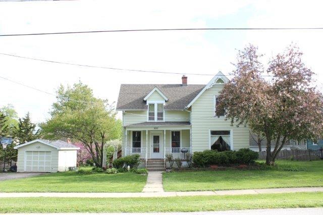 227 E Pierce St, Elburn, IL