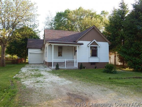 334 W Pine St, Paxton, IL 60957
