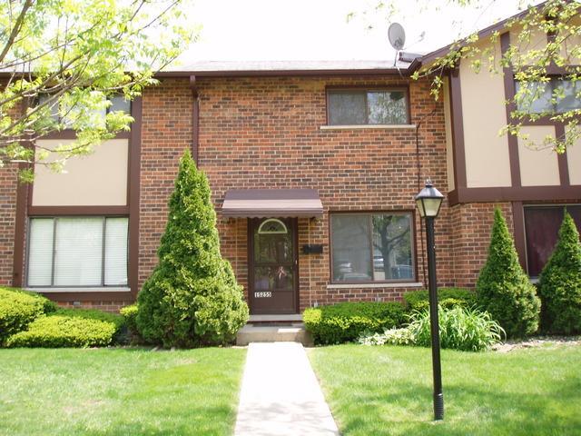 1 S255 Michigan Ave, Villa Park IL 60181