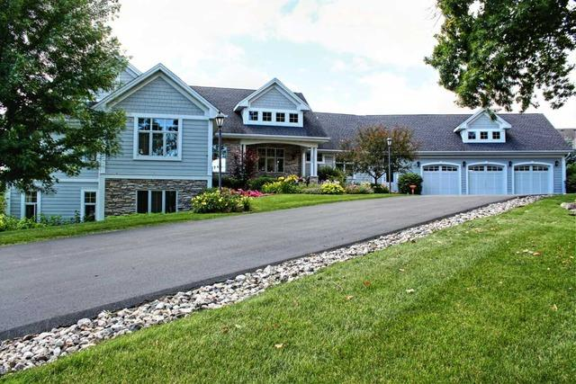 3000 N Bayview Ln, Mchenry, IL