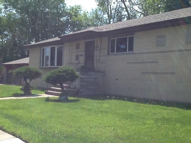 2501 W 82nd St, Chicago, IL