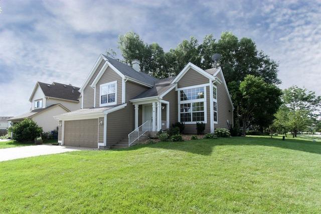 1631 Fairfax Ln, Bartlett, IL