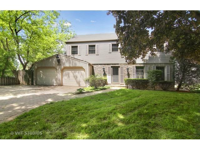 2546 Maple Ave, Northbrook, IL