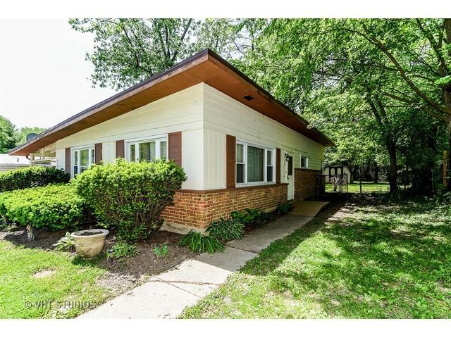 450 Tomahawk St, Park Forest, IL
