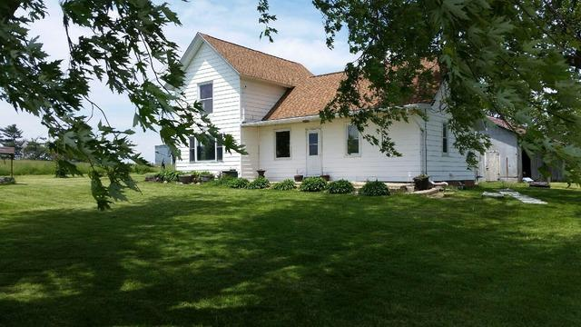 3466 Cyclone Rd, Earlville, IL