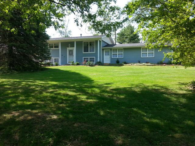 300 Dell Park Ave, Lockport, IL