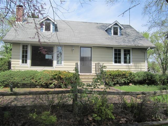 4220 Dewey Ave, Richton Park, IL