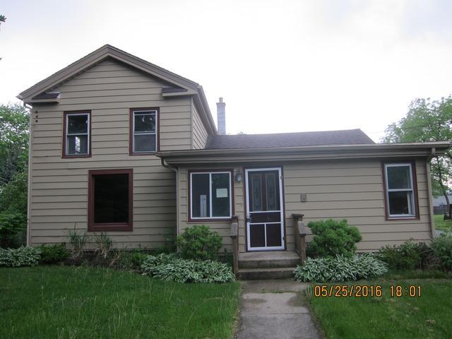 11005 Woodstock St, Huntley, IL