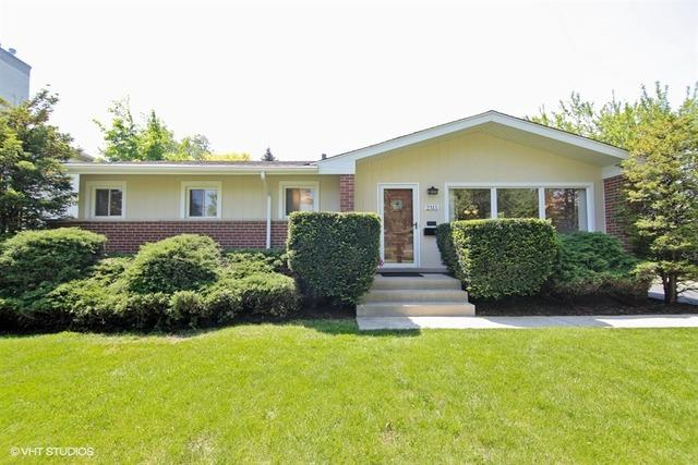 2311 Greenfield Dr, Glenview, IL