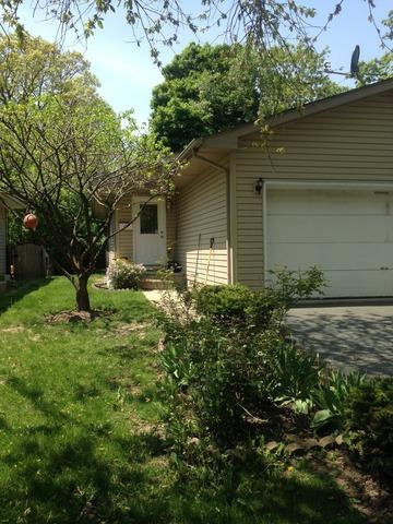 414 Forest Glen Dr, Round Lake, IL