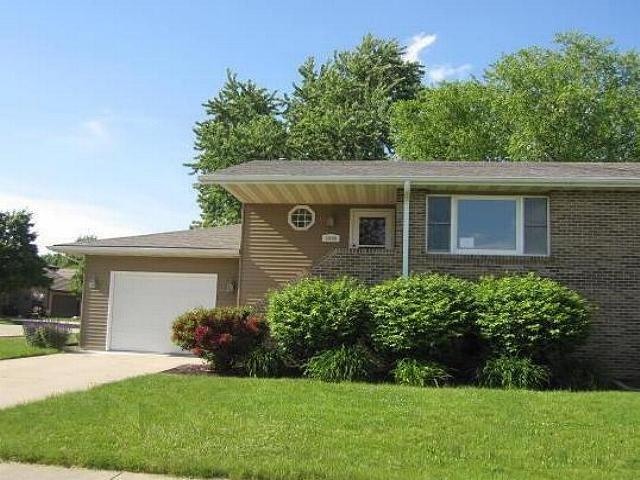 1040 Dupont Ave Morris, IL 60450