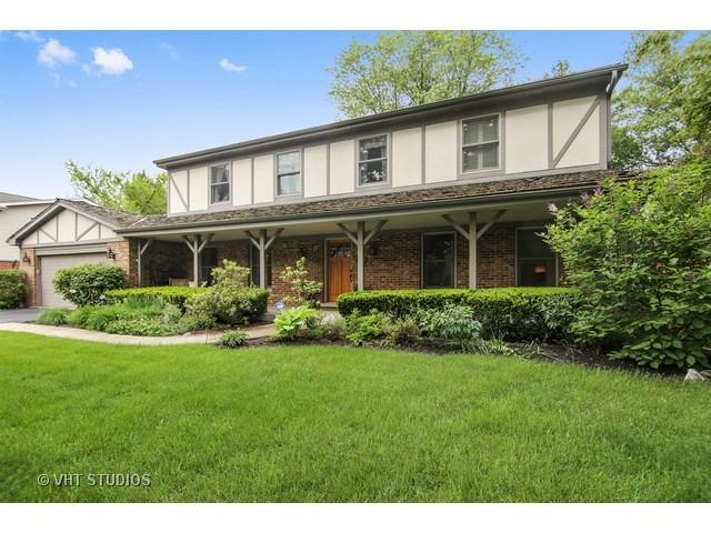 1308 Crestwood Dr, Northbrook, IL