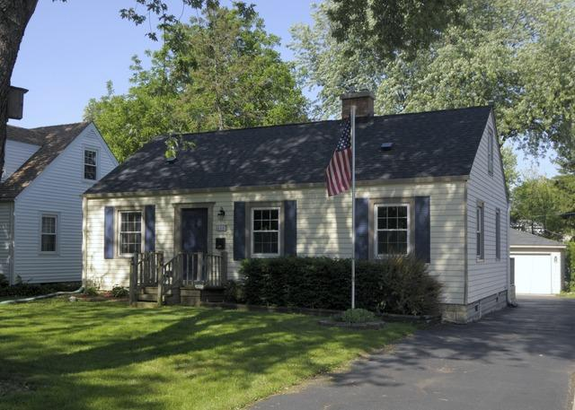 633 S Cornell Ave Villa Park, IL 60181