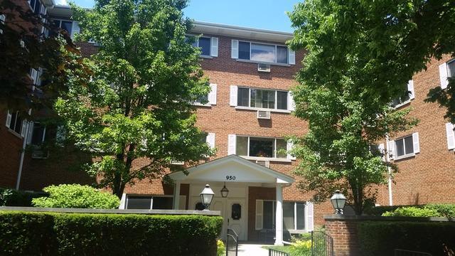 950 Washington Blvd #306 Oak Park, IL 60302