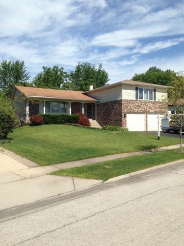 4270 Portage Ln Hoffman Estates, IL 60192