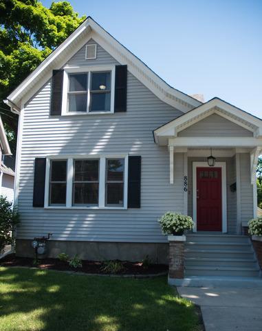886 W Chicago St Elgin, IL 60123