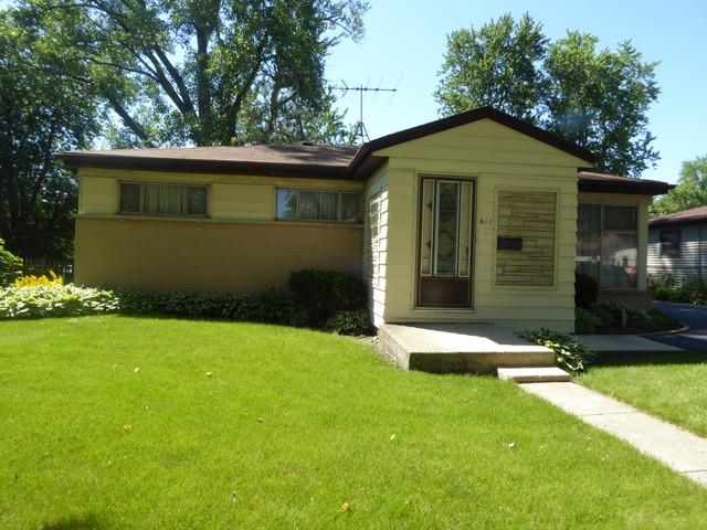 611 W Merle St Villa Park, IL 60181