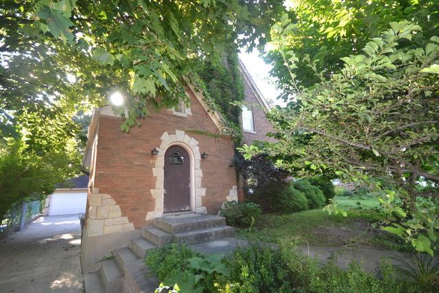 111 Hamilton Ave Elgin, IL 60123