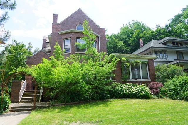 410 Clinton Ave Oak Park, IL 60302