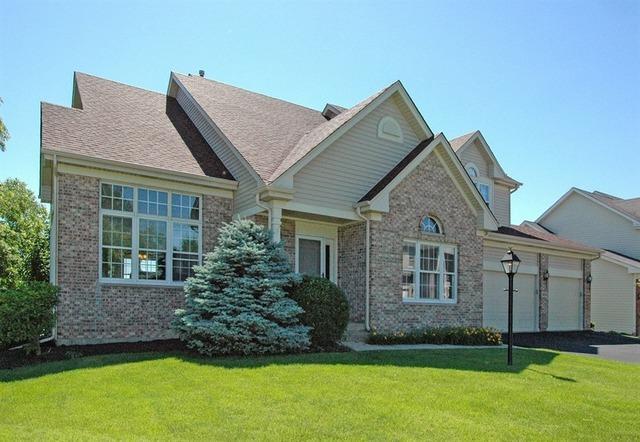 1450 Della Dr Hoffman Estates, IL 60169