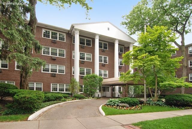 1025 Randolph St #104 Oak Park, IL 60302
