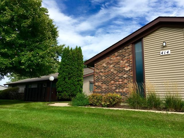 414 Waters Edge Dr #C, Mchenry, IL 60050