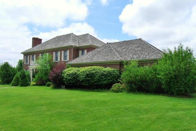 861 Tisbury Ln, Lake Forest, IL 60045