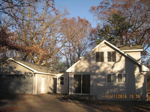 112 Muriel Rd, Spring Grove, IL 60081