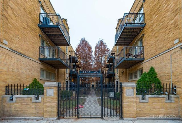 2237 N Lincoln Ave #B-3Chicago, IL 60614