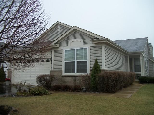 21331 Montclare Lake DrCrest Hill, IL 60403