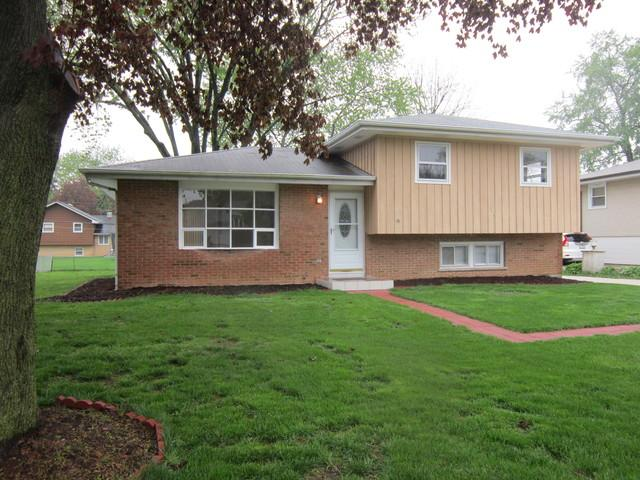 6240 Puffer RdDowners Grove, IL 60516