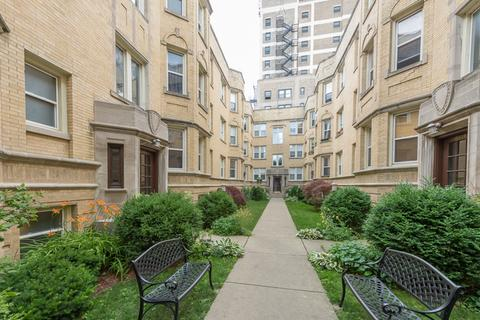 6817 N Lakewood Ave #3EChicago, IL 60626