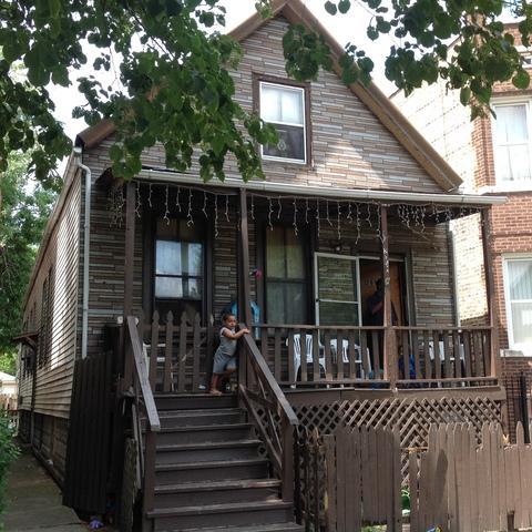 2052 N La Crosse Ave, Chicago, IL 60639