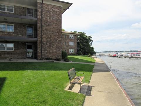 24 N Pistakee Lake Rd #1DFox Lake, IL 60020