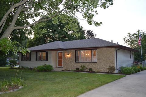 24126 W Hillcrest DrPlainfield, IL 60544
