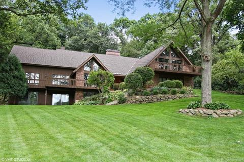 19 Marryat Rd, Trout Valley, IL 60013