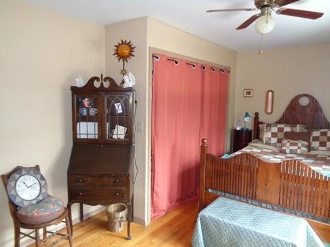 3913 Grand Ave, Mchenry, IL (36 Photos) MLS# 09908705 - Movoto