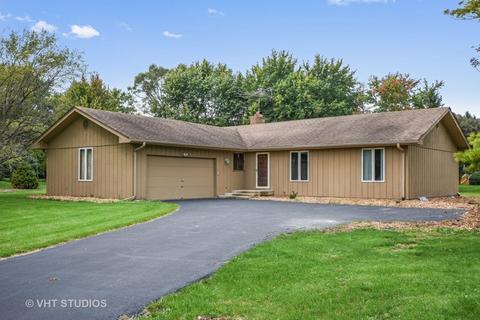 27624 W Vista Ln, Lake Barrington, IL 60010