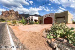5967 E Mining Camp St, Apache Junction, AZ