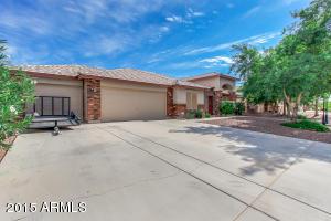 40549 N Rivington Dr, San Tan Valley, AZ
