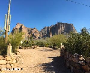 3157 N Prospectors Rd, Apache Junction, AZ