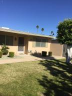 10880 W Santa Fe Dr, Sun City AZ 85351