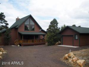 2265 N Trail Cir, Overgaard AZ 85933