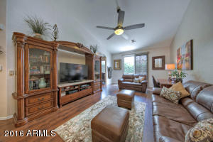 2565 E Southern Ave #APT 36, Mesa AZ 85204