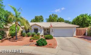 5902 W Blackhawk Dr, Glendale, AZ