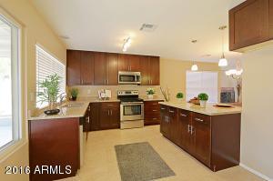 2428 W Kathleen Rd, Phoenix, AZ