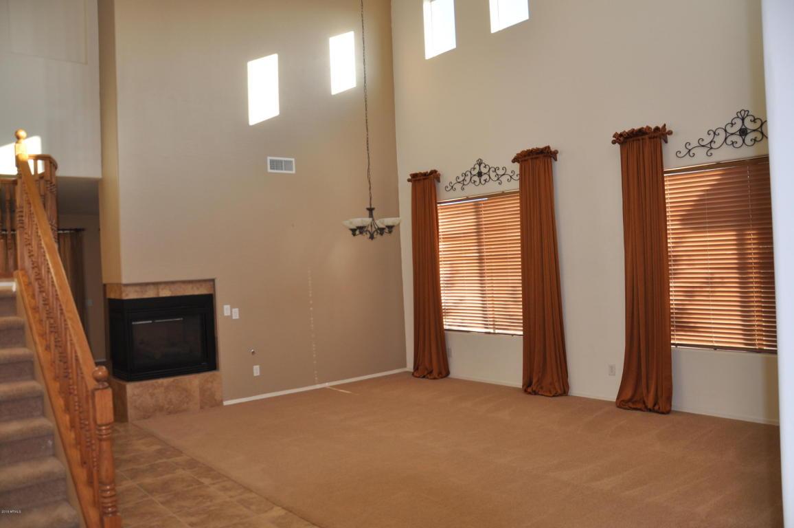7004 W Southgate Avenue, Phoenix, AZ 85043