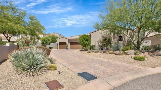 6715 N 39th WayParadise Valley, AZ 85253