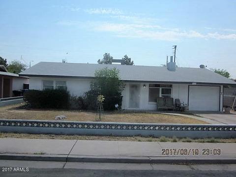 1033 S Morris --Mesa, AZ 85210