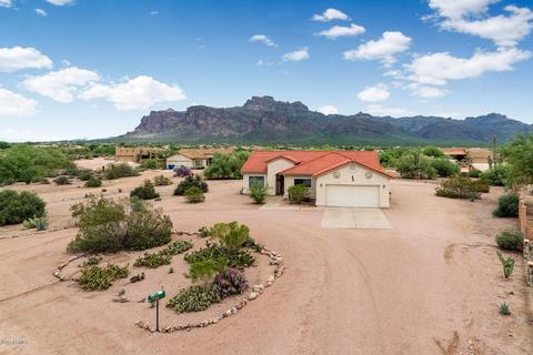 715 S Moon Rd, Apache Junction, AZ 85119